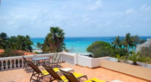 a picture of the terrace at beach apartments aruba near arashi beach