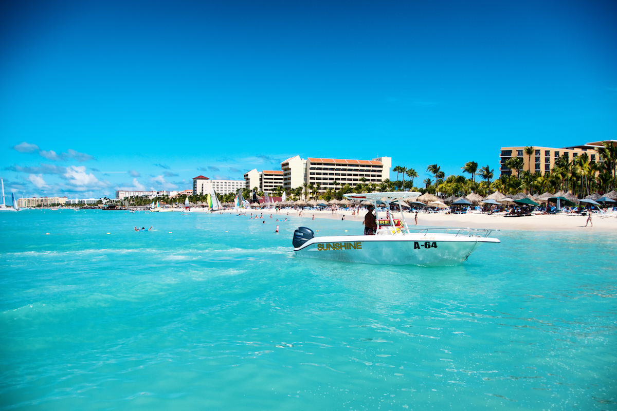 a scenic picture of palm beach aruba