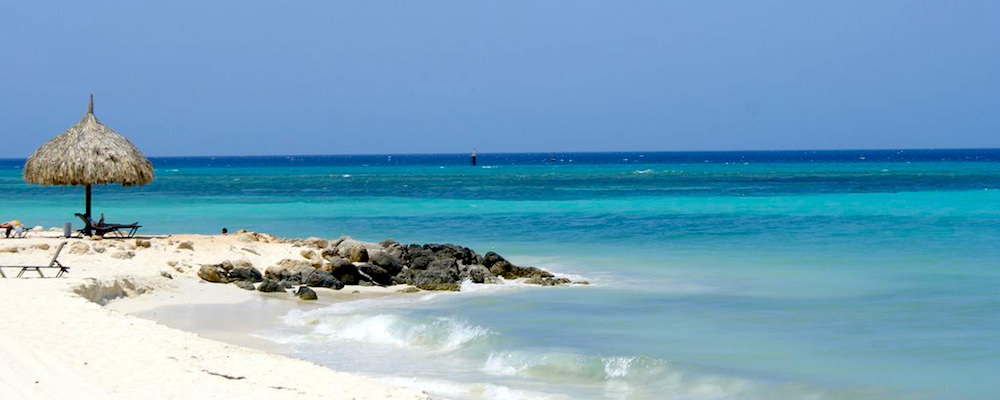 a picture of druif beach aruba