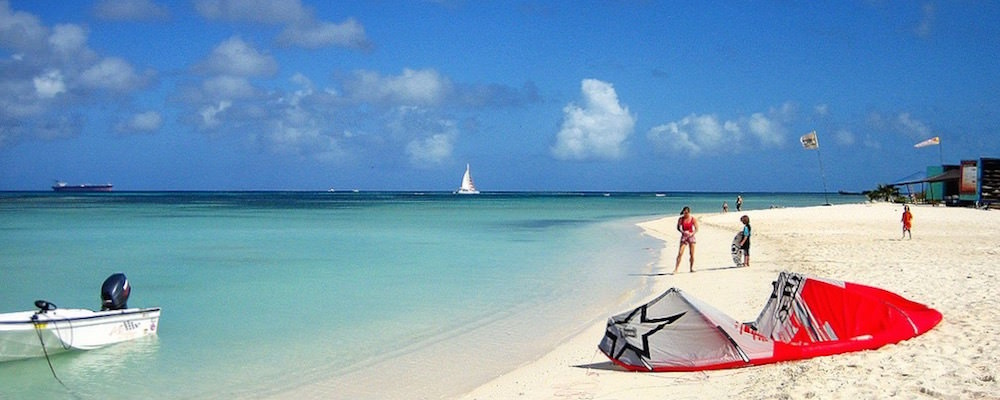 a picture of hadicurari beach in aruba