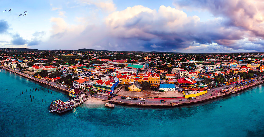 a picture of bonaire you can experience live on your day trip from aruba to bonaire