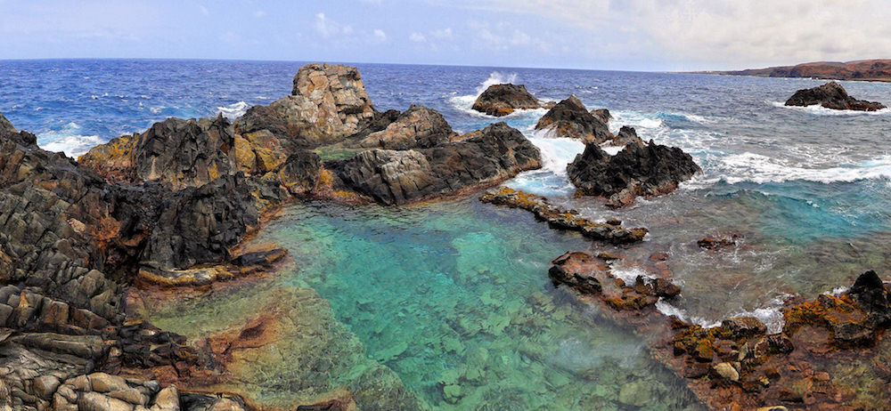 a picture of the natural pool in arikok natural park aruba