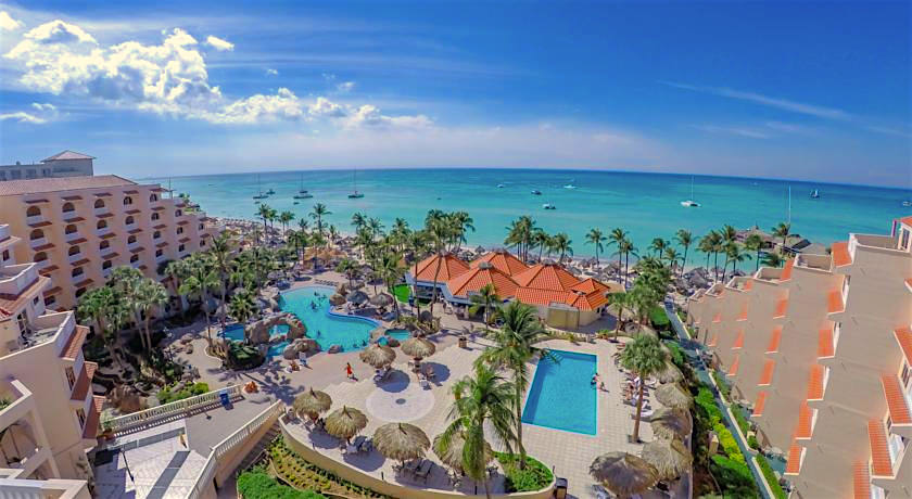 a picture of the playa linda beach resort in aruba