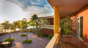 a picture of the Aruba Surfside Marina Hotel, one of the adult only hotels in Aruba