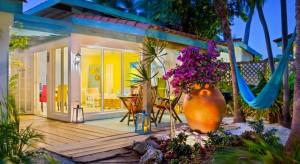 a picture of the boardwalk small hotel in aruba
