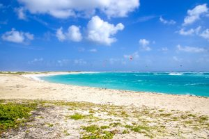 Boca Grandi, Aruba. One of the best kitesurfing spots in Aruba.